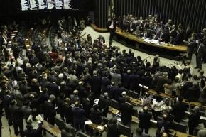 confusao_plenario_brasilia_mp759_0